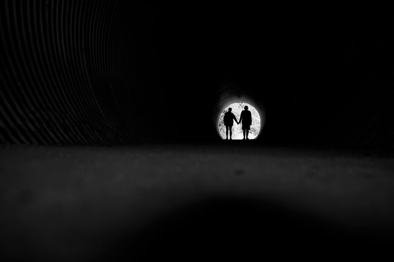 tunnel couple