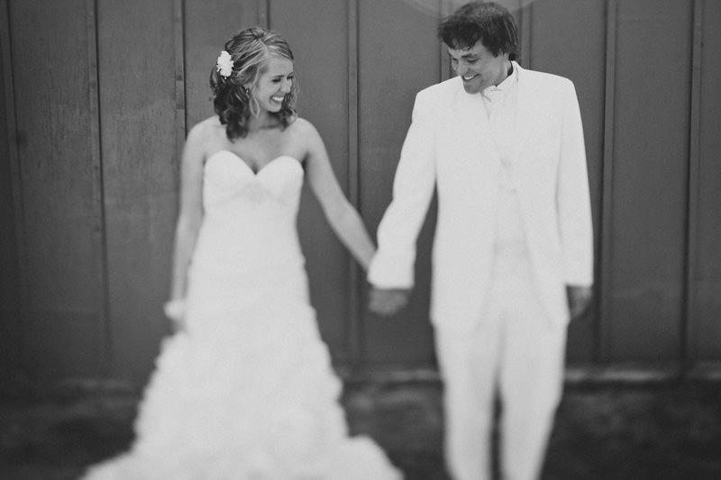 unique wedding poses