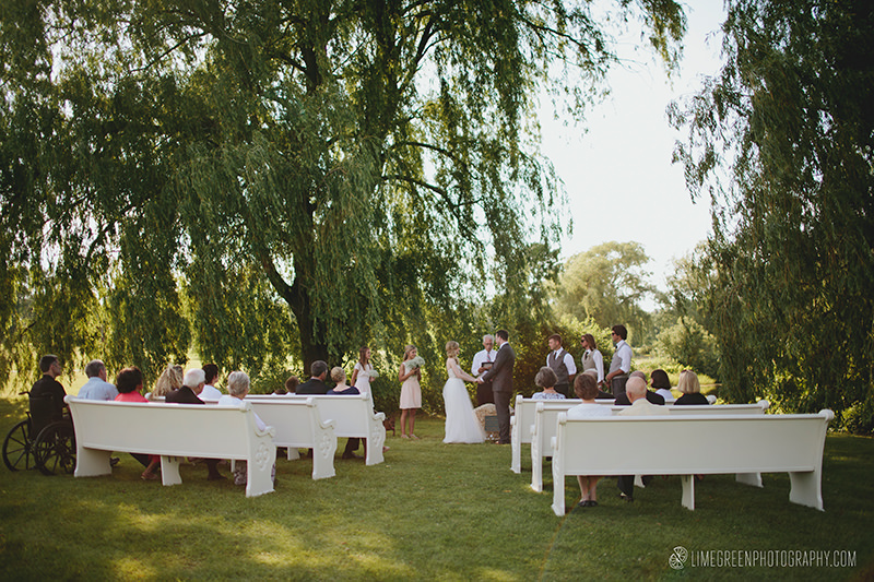 charlotte weddings outdoor church pews