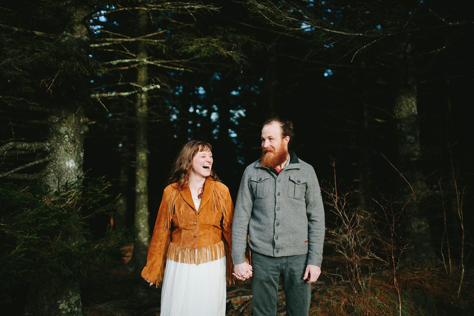 hippie mountain elopement
