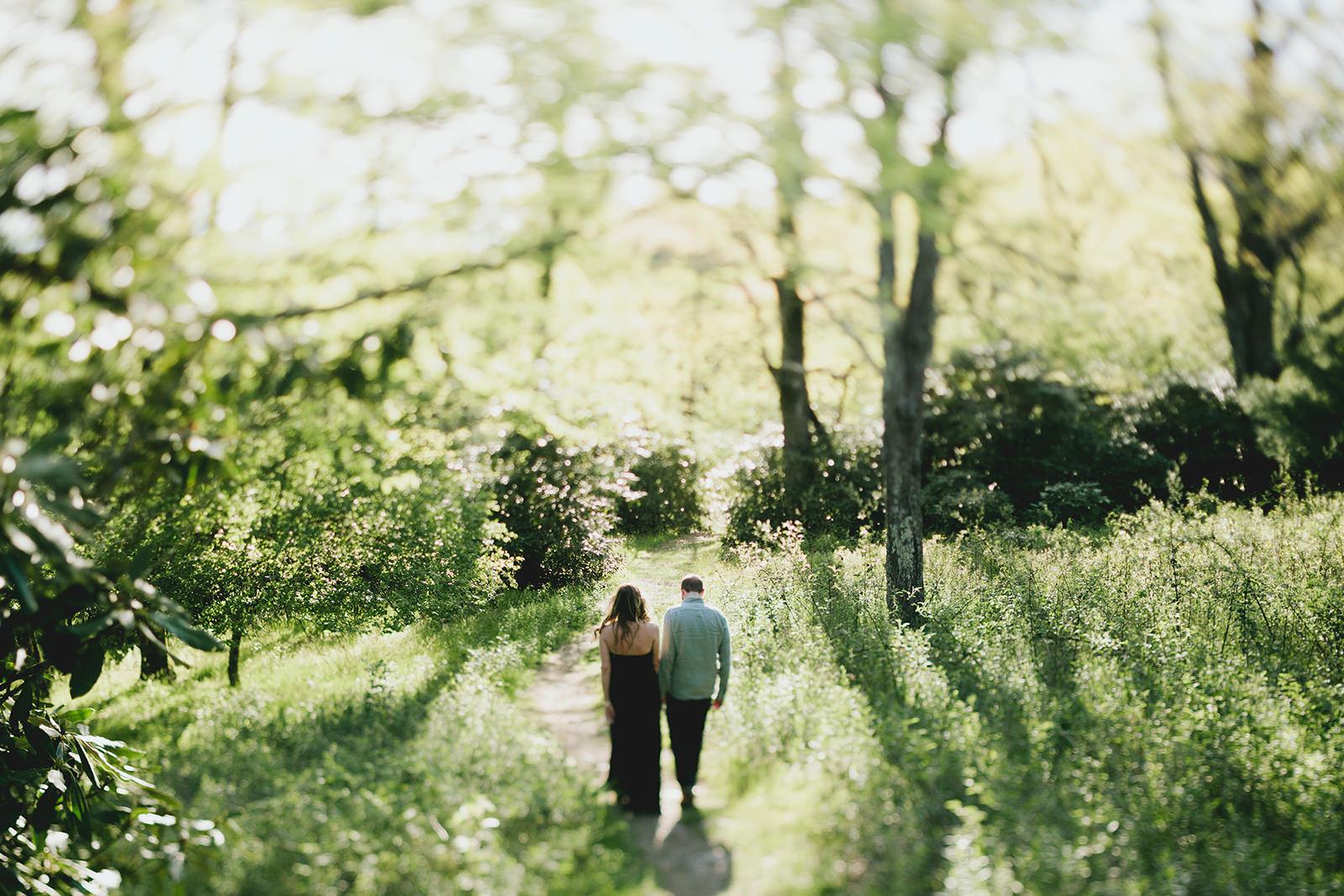 rough-ridge-engagement-photos-01