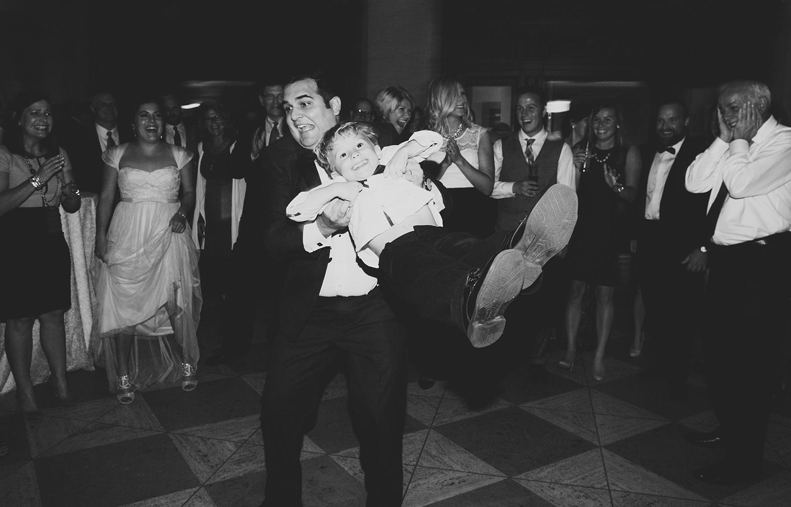 city-flats-ballroom-wedding-22