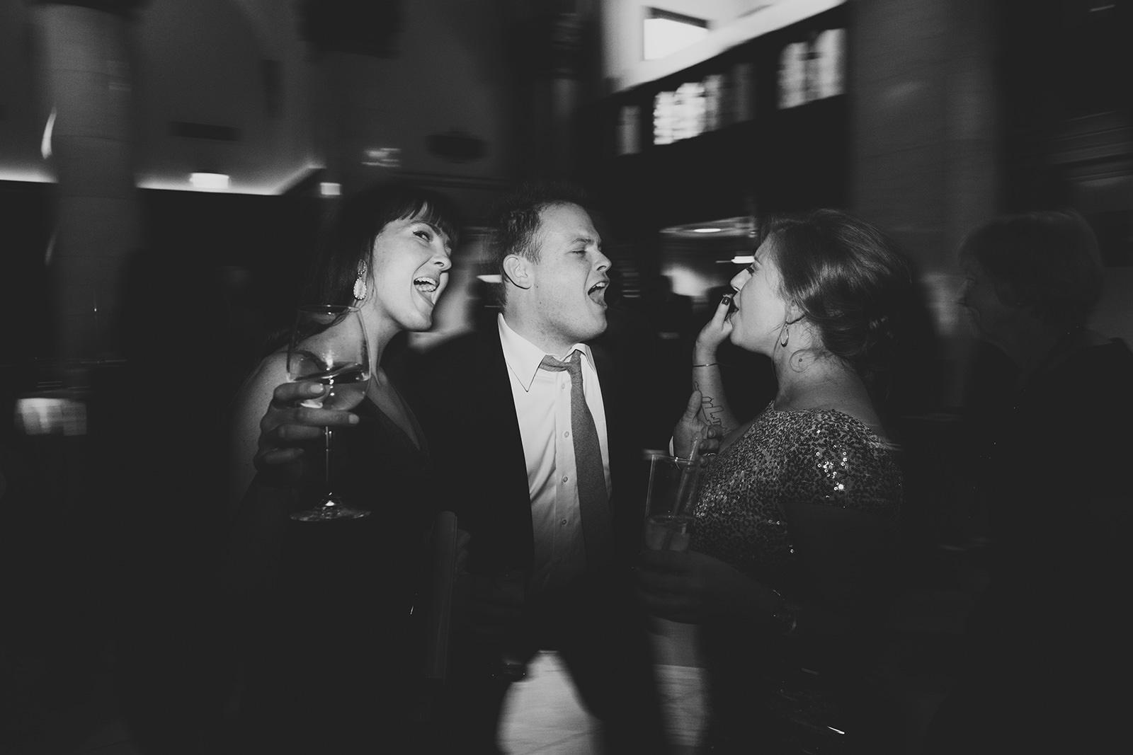 city-flats-ballroom-wedding-24