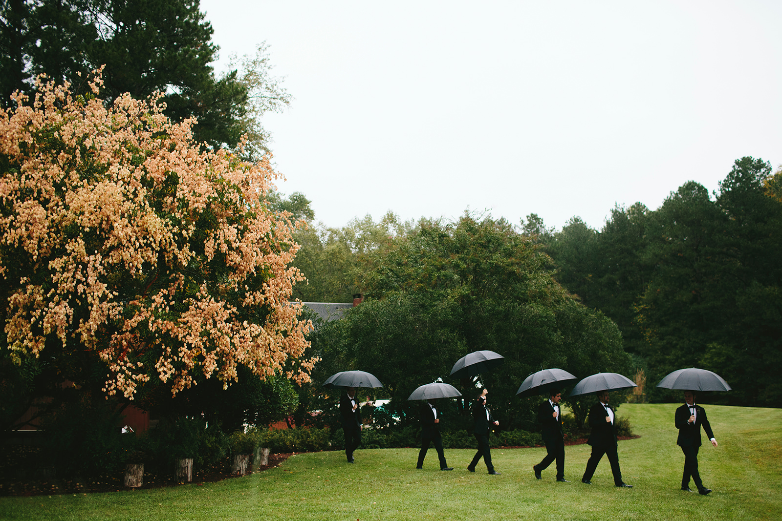rain outdoor ceremony