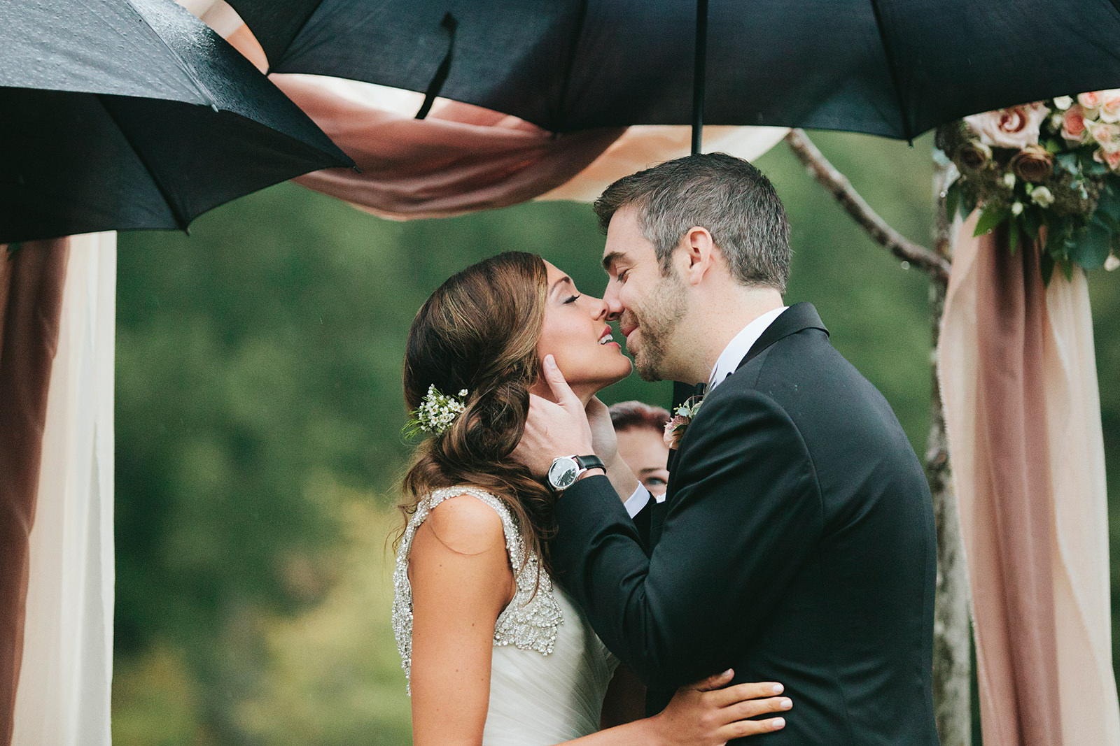 rainy outdoor wedding ceremony