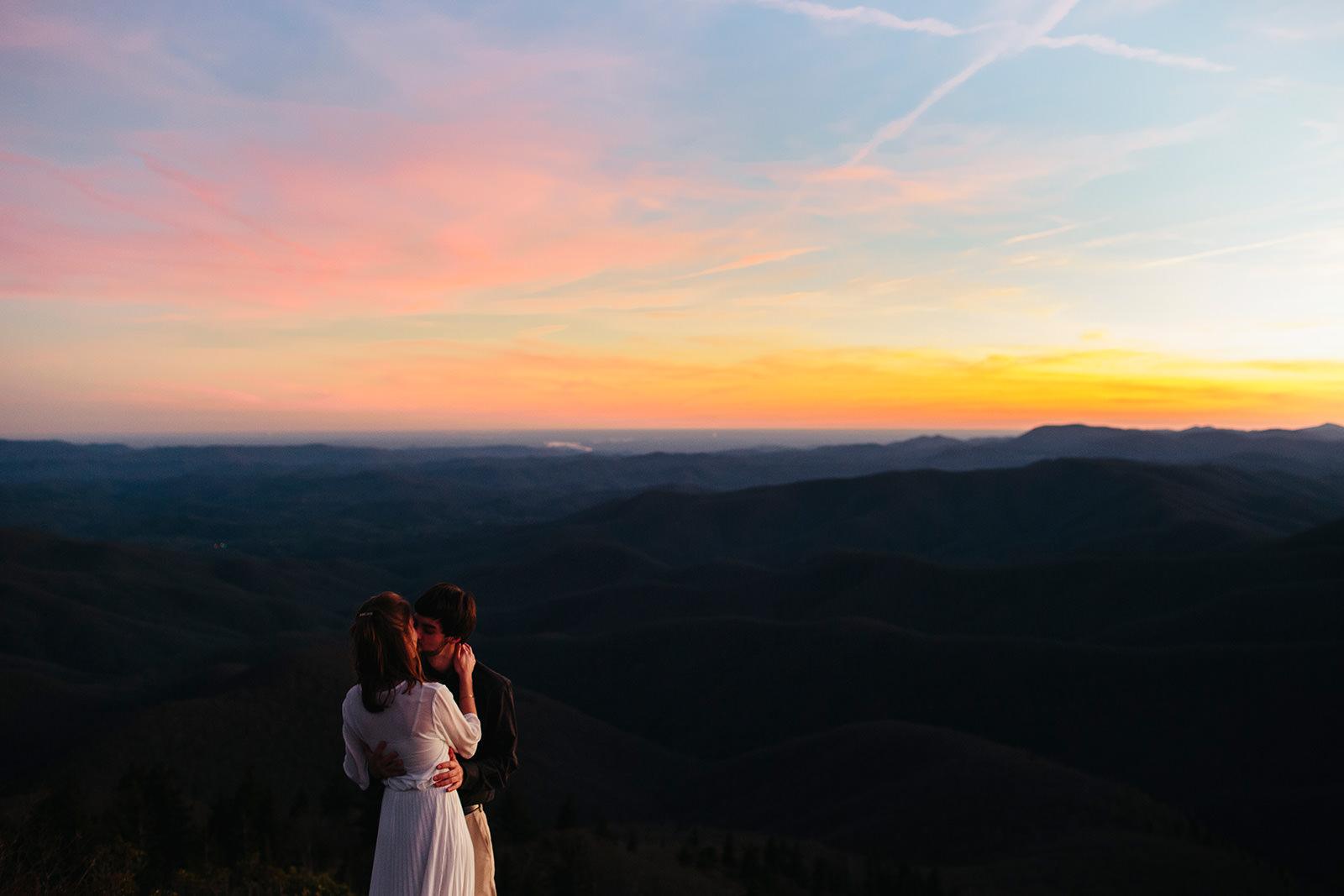 asheville nc sunset couples