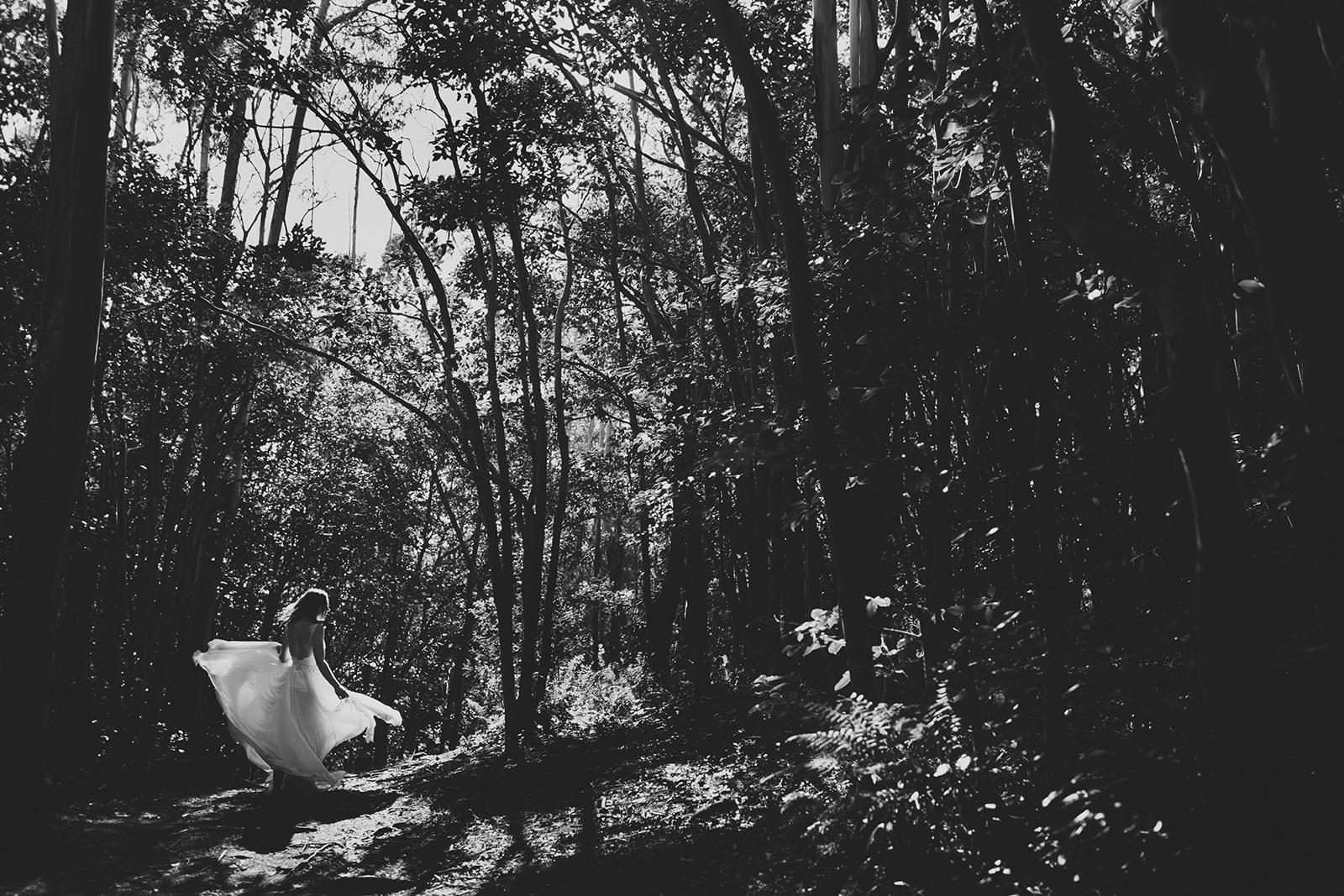photojournalistic wedding photographer maui