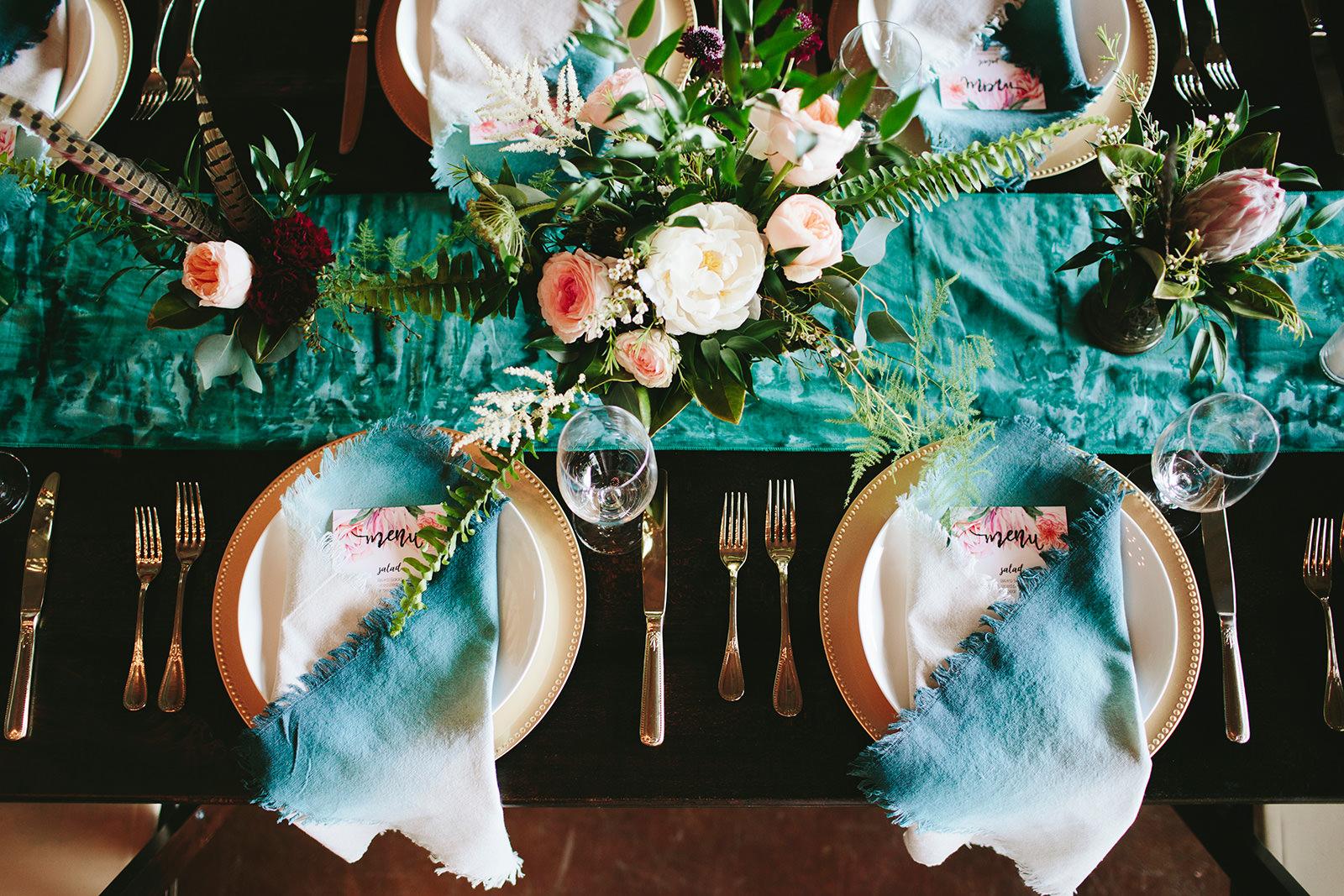 dip dyed napkins wedding