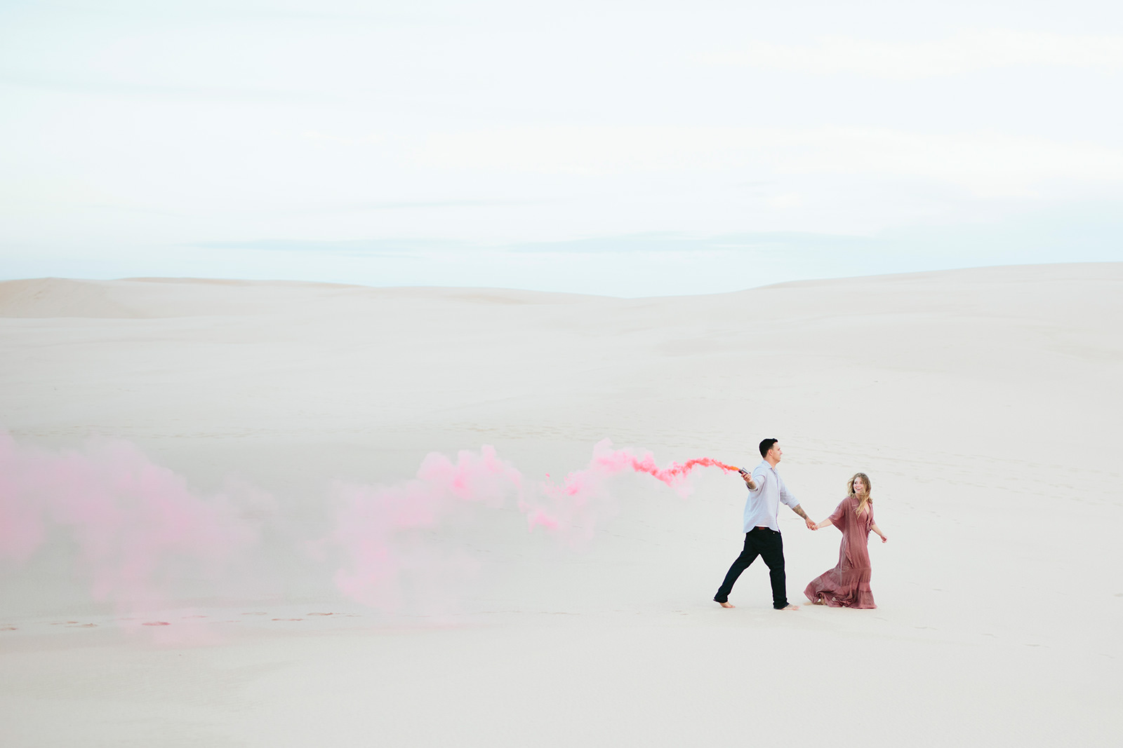 sand dunes michigan engagement photos