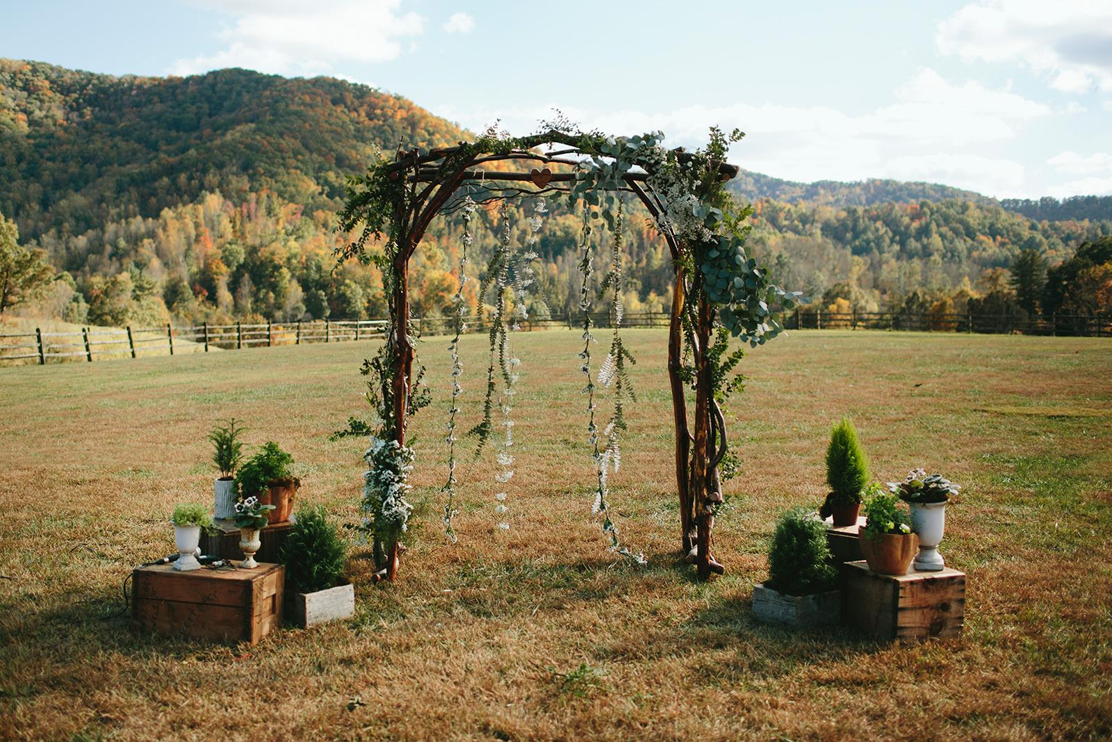 earthy boho wedding photos