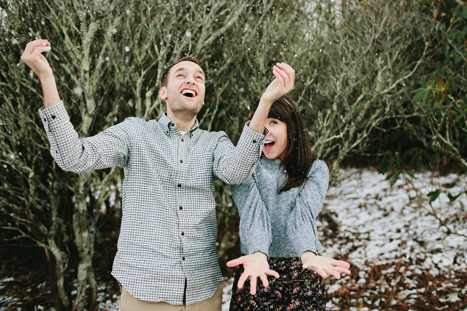 winter engagement photos in boone