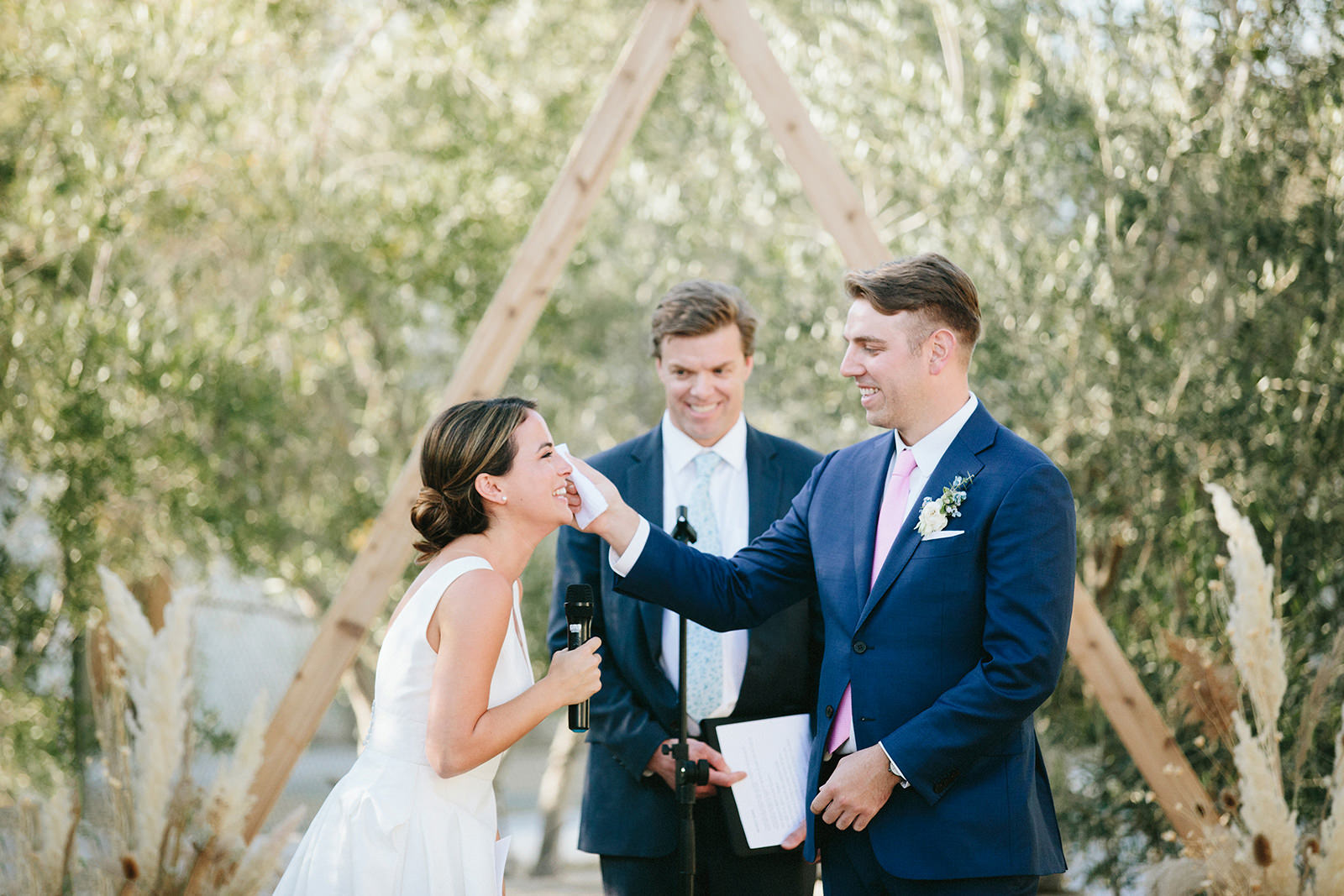 indie wedding photographers california