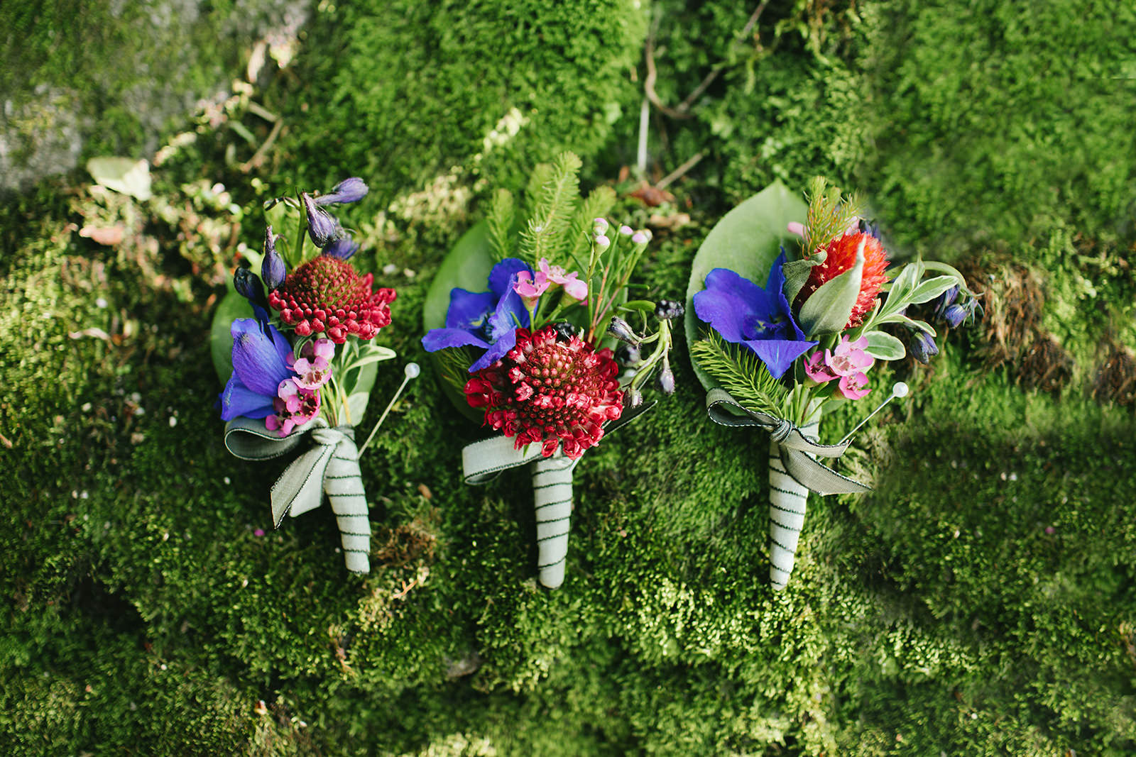 colorful boutonniere ideas