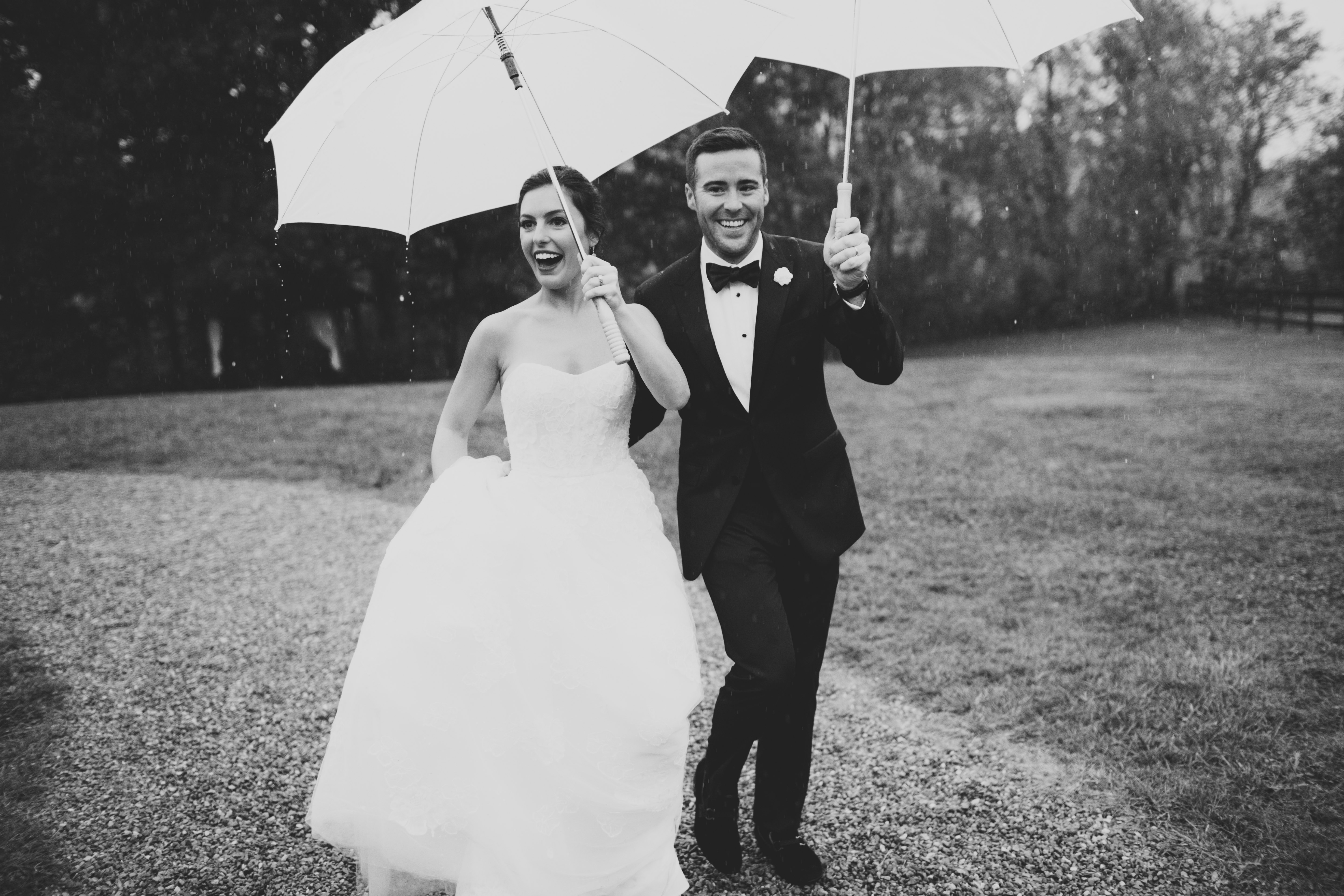 rainy-day-wedding-the-farm-asheville