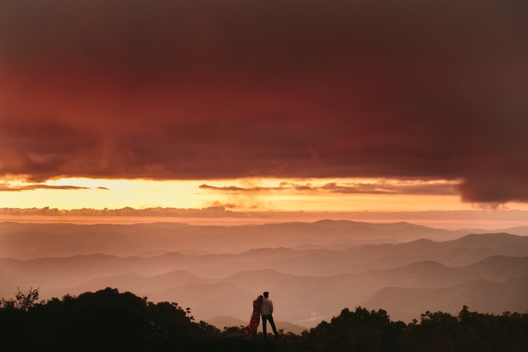 easy hiking trails in asheville