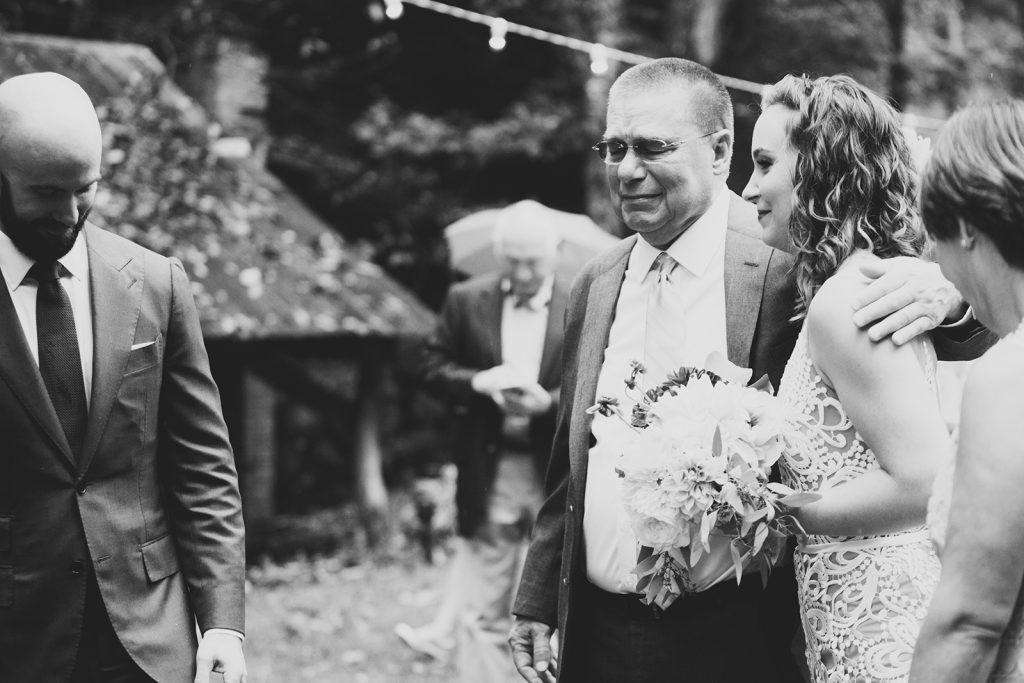 emotional-wedding-photographers