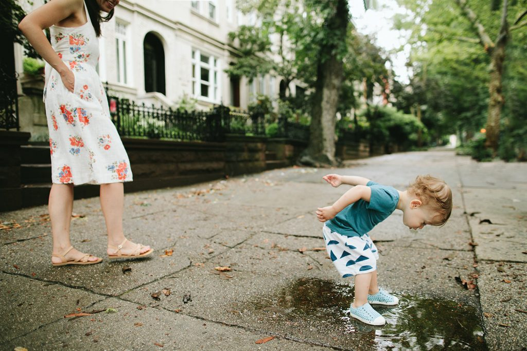 toddler-splashing-in-puddle-park-slope