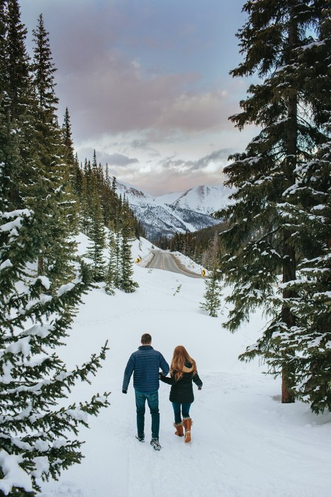 winter-engagement-photos-loveland-pass-co