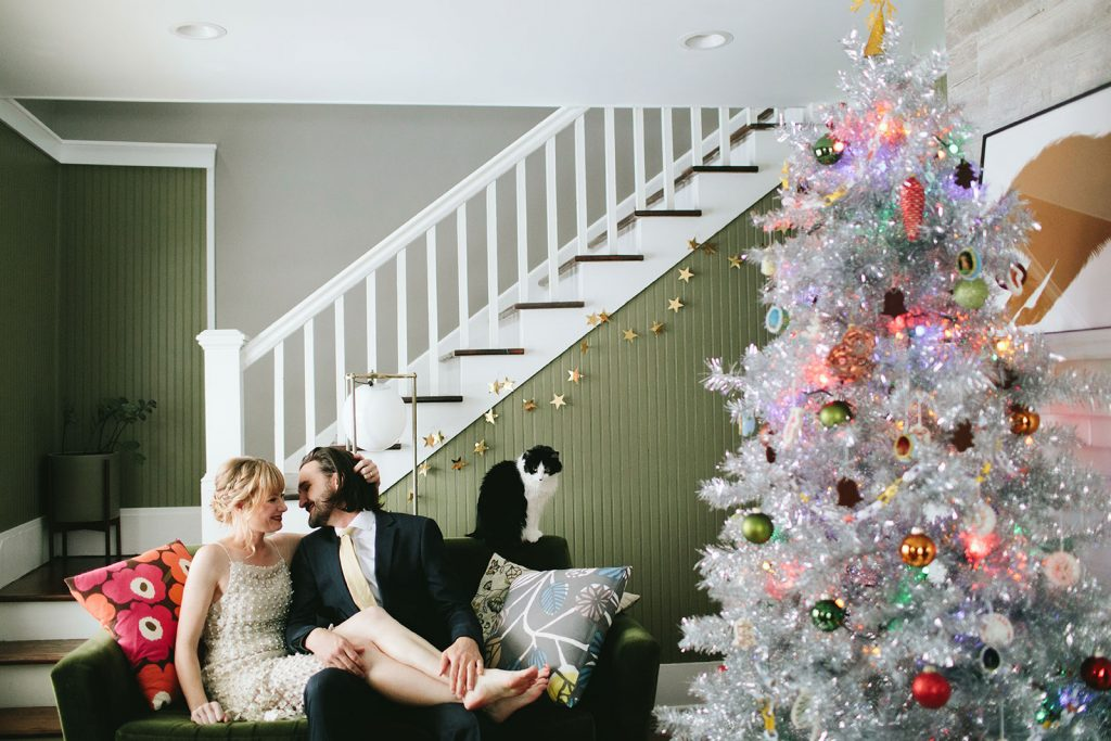 christmas-elopement-photos