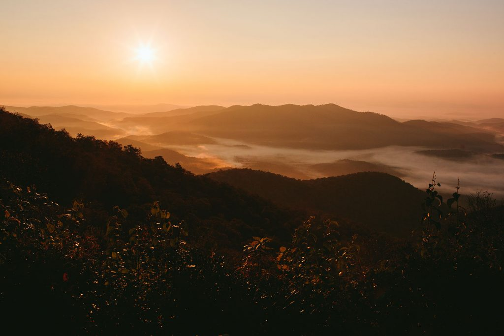sunrise-blue-ridge-mountains