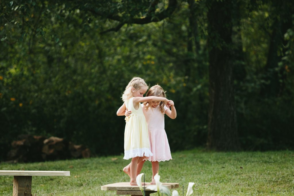 flower girls playing