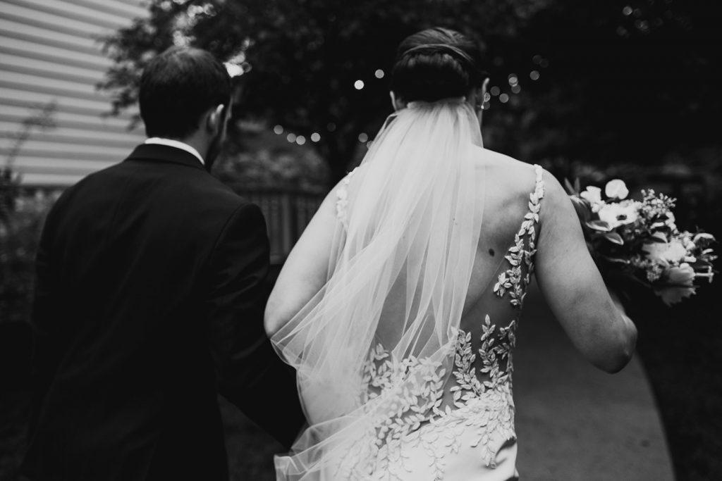 dramatic-wedding-photos