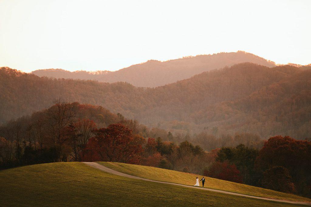 wedding photos of the ridge in asheville
